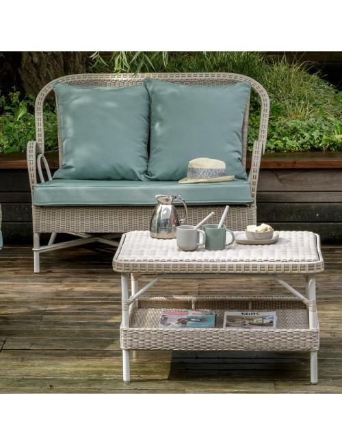Table outdoor façon rotin tressé Nantucket