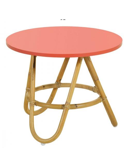 Table basse Diabolo en rotin naturel avec plateau coloris corail