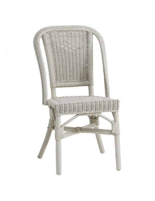 Chaise en rotin Albertine laquée nuage